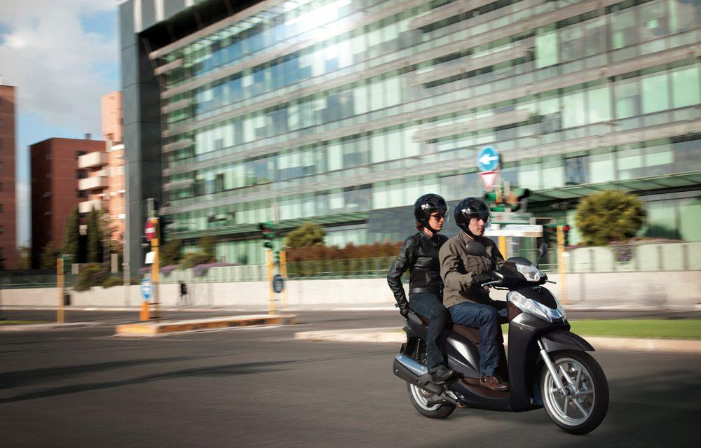 Barcelona podría tener un carril moto de acceso a la ciudad