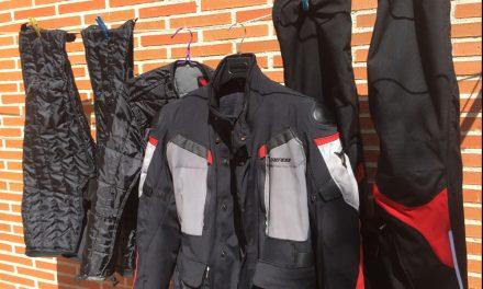 Cómo lavar un traje de cordura para moto