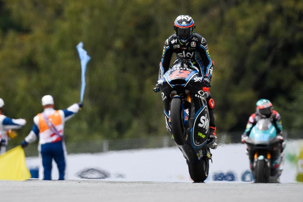 Pecco Bagnaia, victoria y liderato en el GP de Austria de Moto2