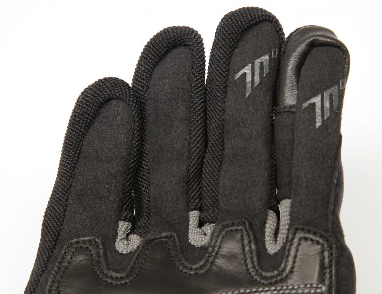 Seventy Degrees detalle guantes