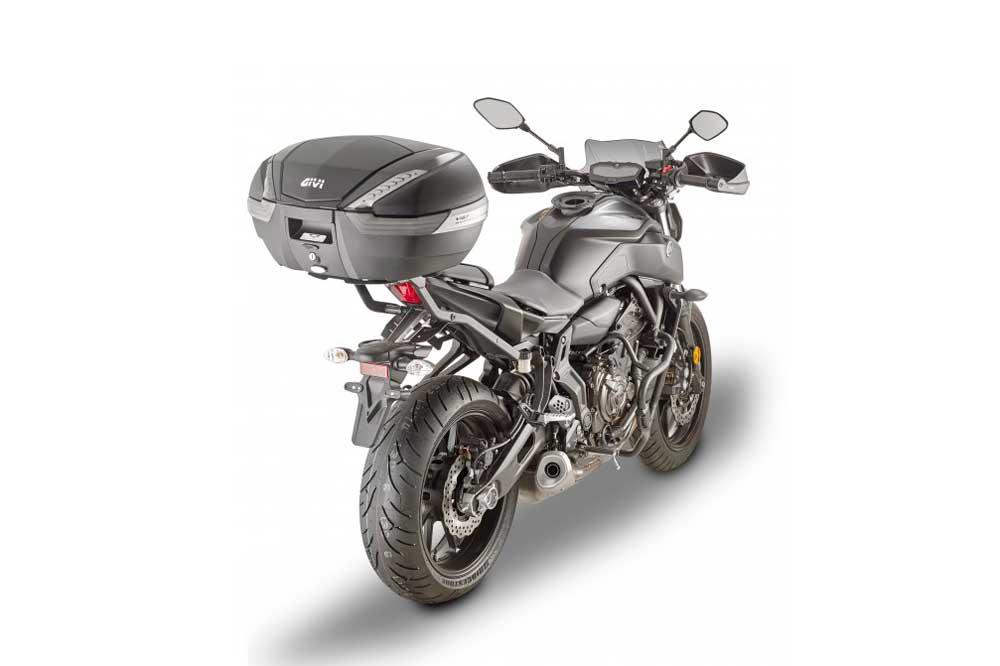 Kit De Accesorios Givi Para La Yamaha Mt 07 Club Del Motorista Kmcero