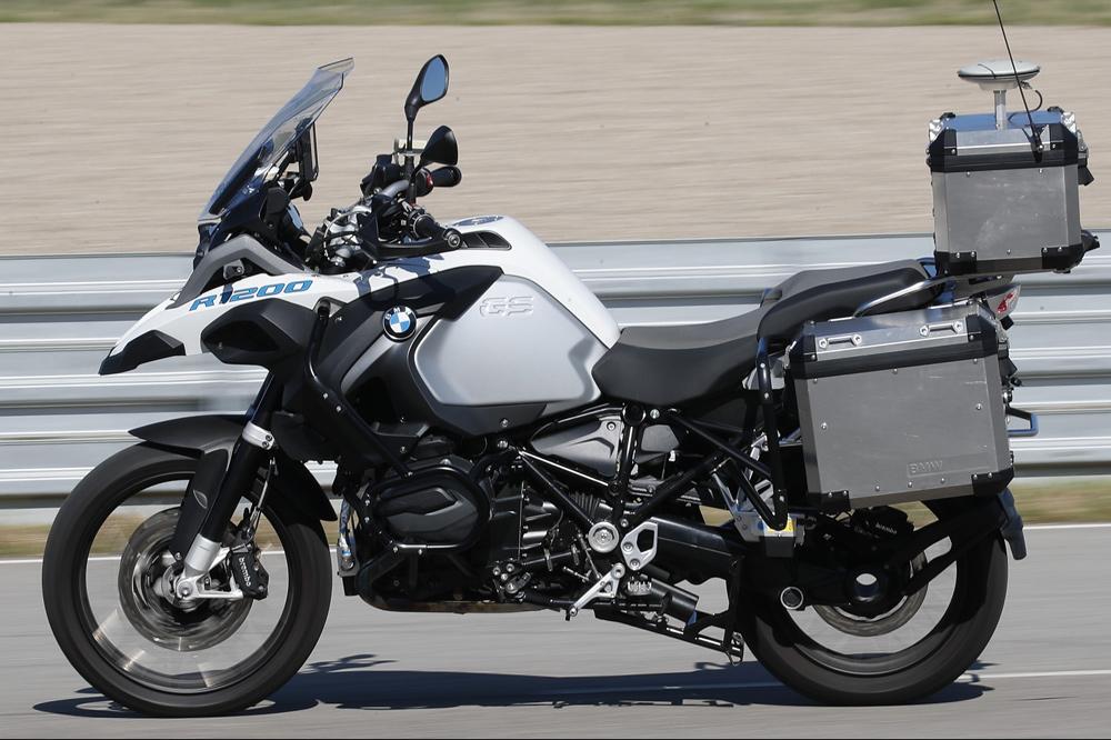 Una moto que se conduce sola. BMW ya la tiene.