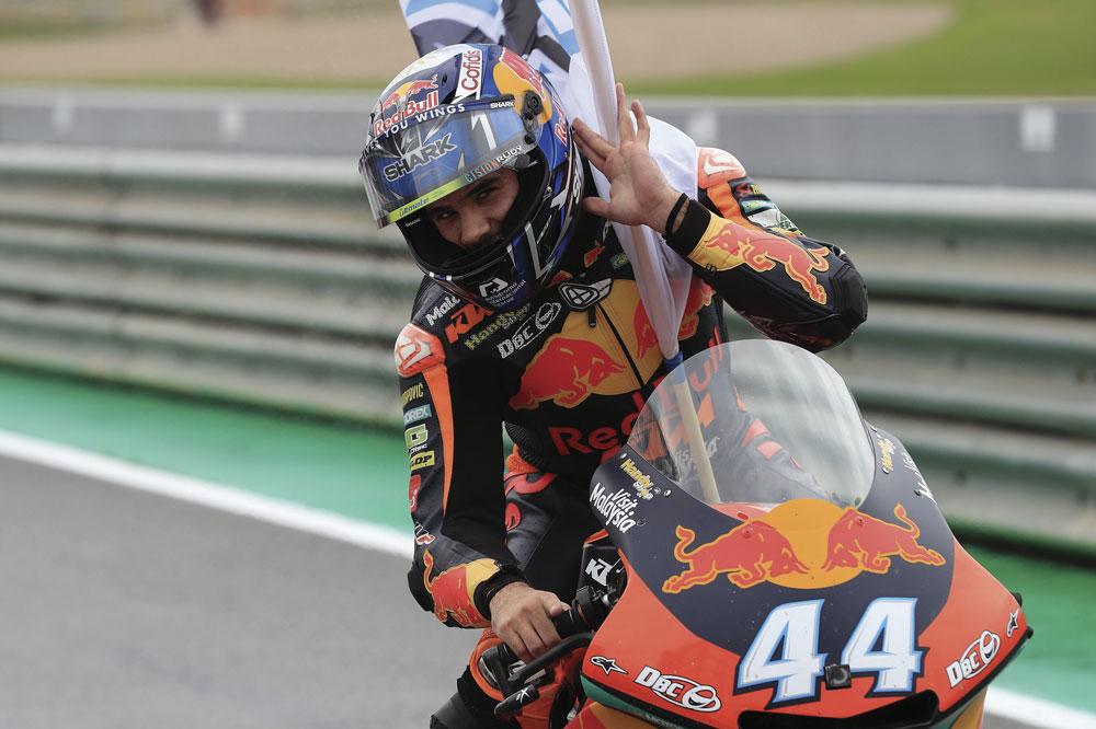 Miguel Oliveira, victoria en Moto2 en el Gran Premio de Valencia