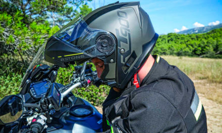Casco abatible RT900 de Astone Helmets