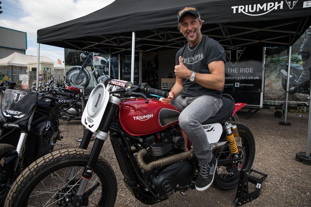 Carl Fogarty y la Triumph TFC 40