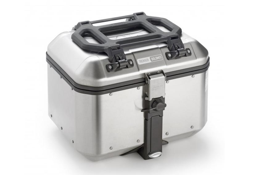 Mini portaequipajes E165 sobre maleta DLM46 de Givi