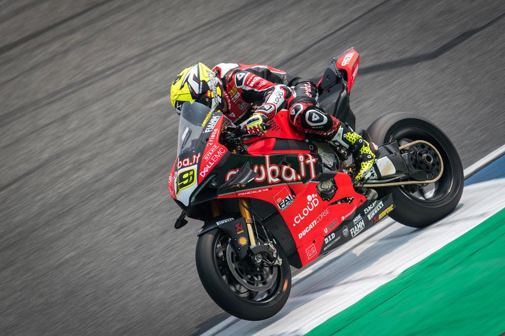 Alvaro Bautista con Ducati en SBK en Tailandia