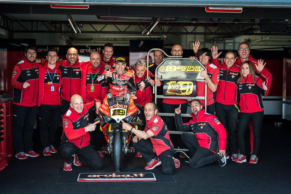 Alvaro Bautista y el equipo Ducati celebran un fin de semana perfecto en SBK Motorland Aragon
