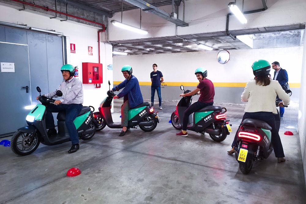 Coup es una empresa de Bike Sharing que es consciente de que sus posibles clientes necesitan formación para circular en moto de forma segura