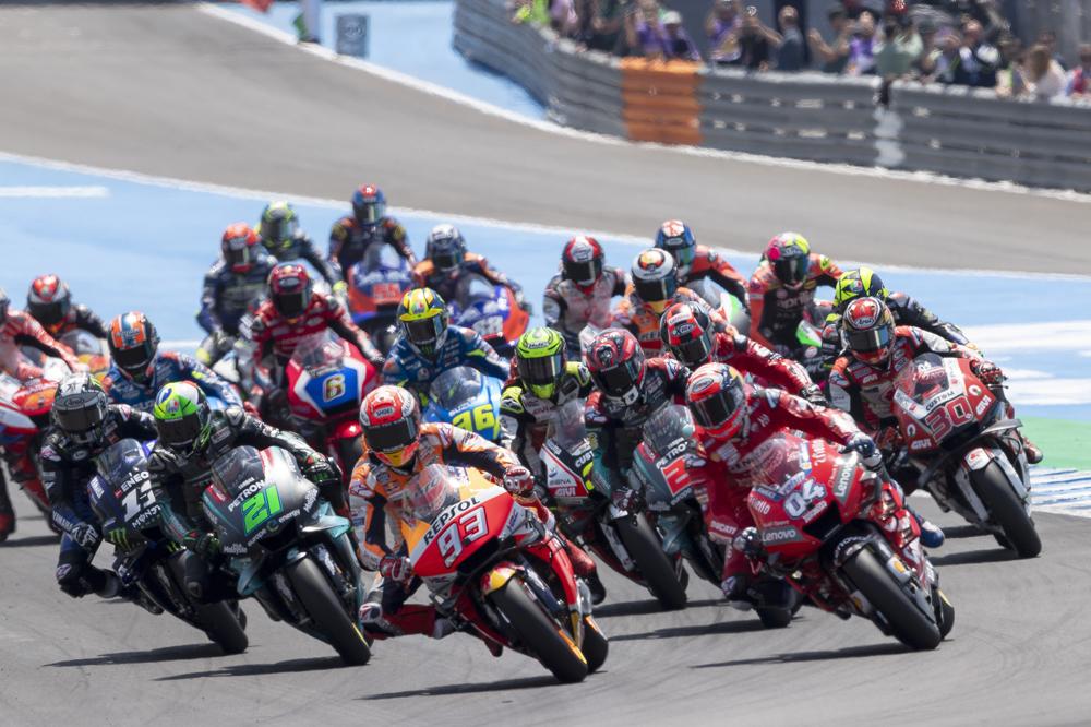 Salida del Gran Premio de España en la categoría MotoGP