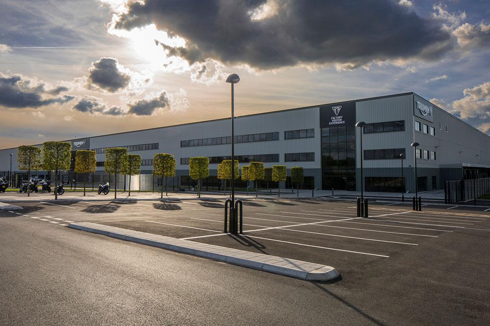 Triumph contará con la Universidad de Warwick, Williams Advanced Engineering e Integral Powertrail como socios para el desarrollo de su moto eléctrica