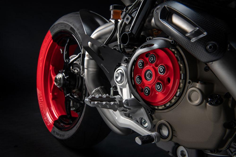 La Ducati Hypermotard 950 cuenta con elementos inspirados en MotoGP