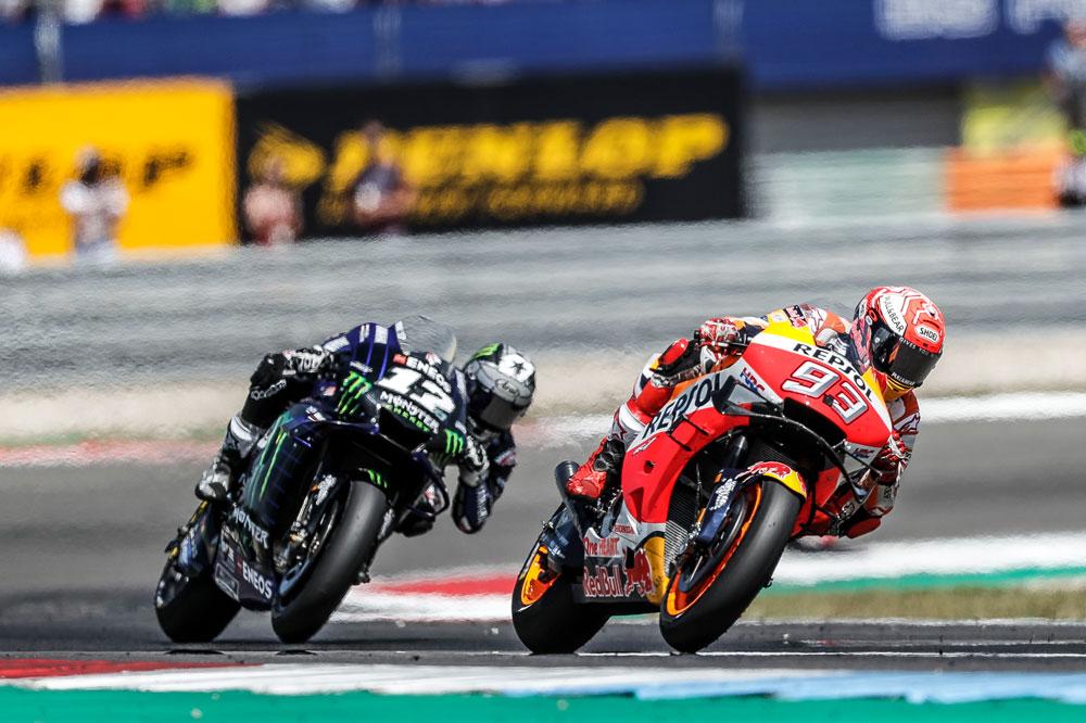 Marquez y Viñales en en transcurso de la carrera del GP de Holanda
