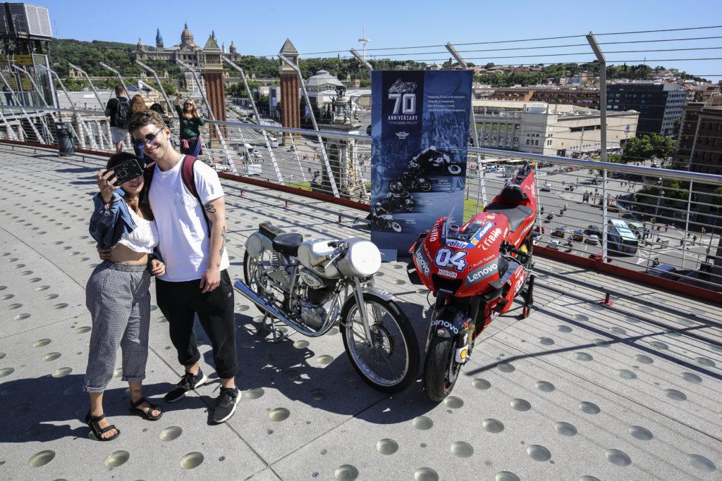 70 años del Mundial de Motociclismo: Mondial y Ducati en Montjuich