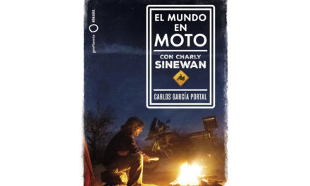 Charly Sinewan publica su libro de aventuras y consejos en moto