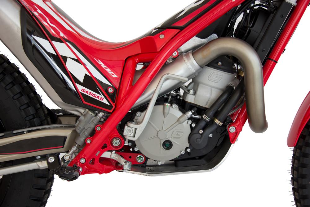 El motor de la Gas Gas TXT 2020 es de dos tiempos, refrigerado por agua.