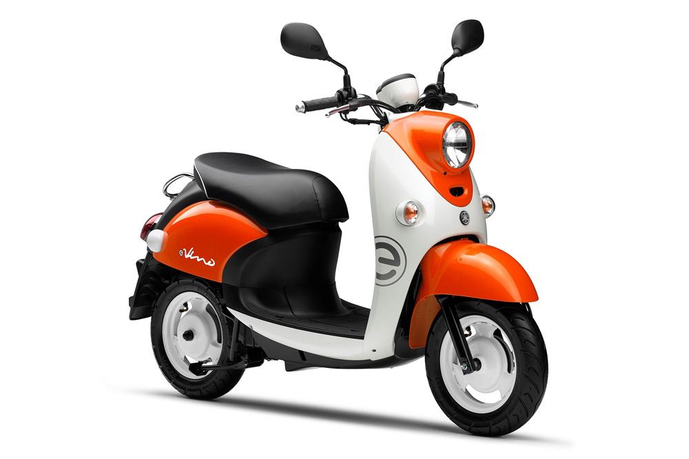 Yamaha E Vino es un ciclomotor eléctrico basado en un modelo tradicional de Yamaha