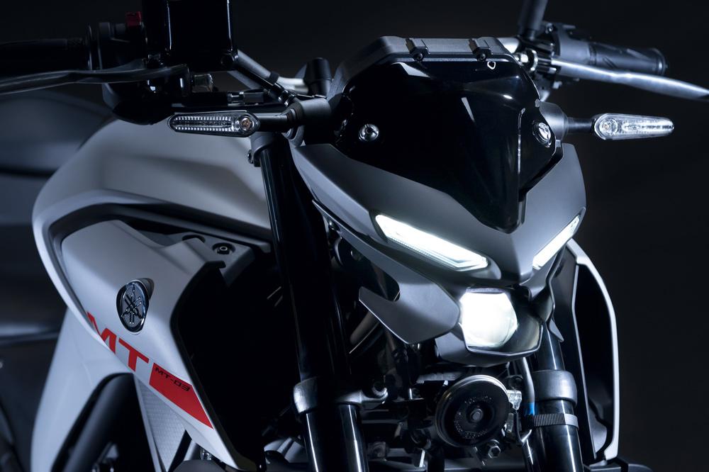 El nuevo frontal de la Yamaha MT 03 nos recuerda a Iron Man