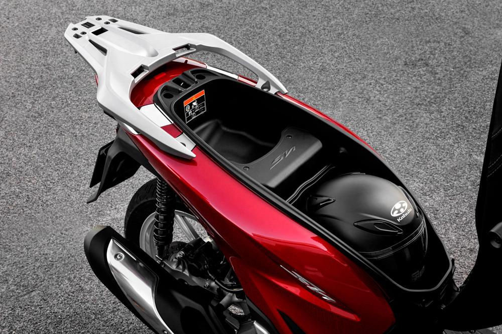 Hueco para el casco del Honda SH 125 Scoopy