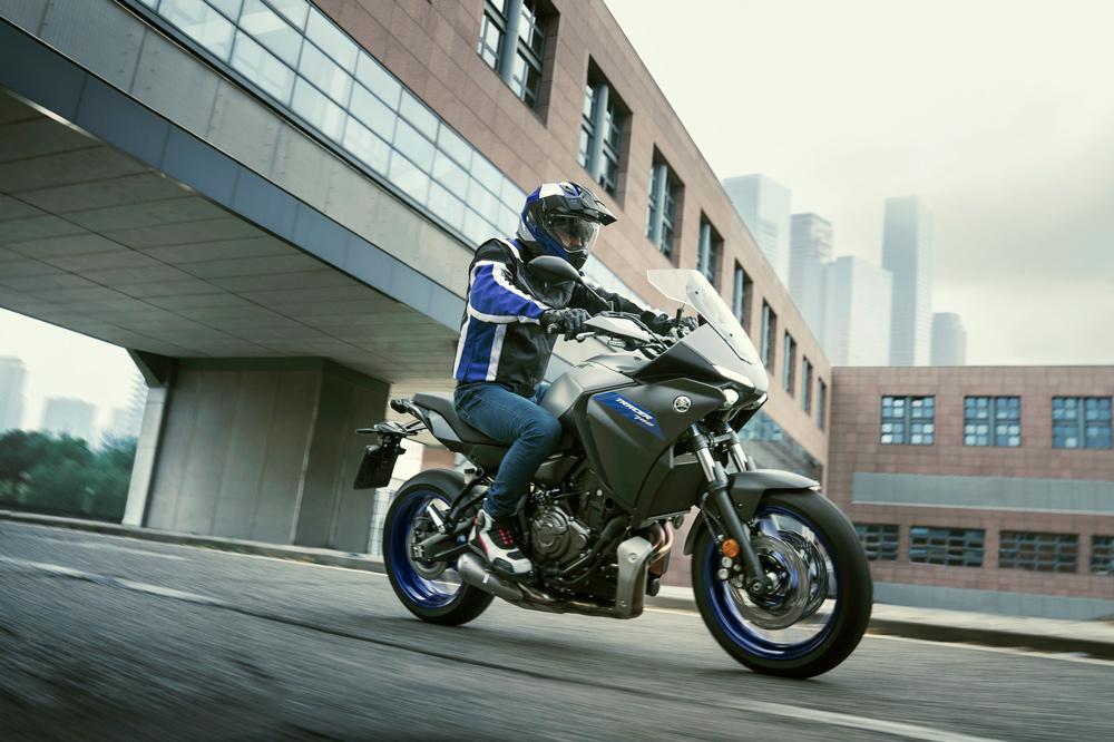 La Yamaha Tracer 700 es perfecta para un uso intensivo en ciudad o nuestras carreteras preferidas