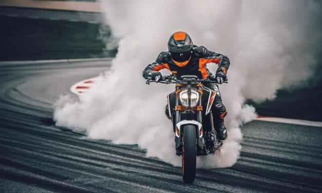 KTM 890 Duke R 2020: La opción más deportiva