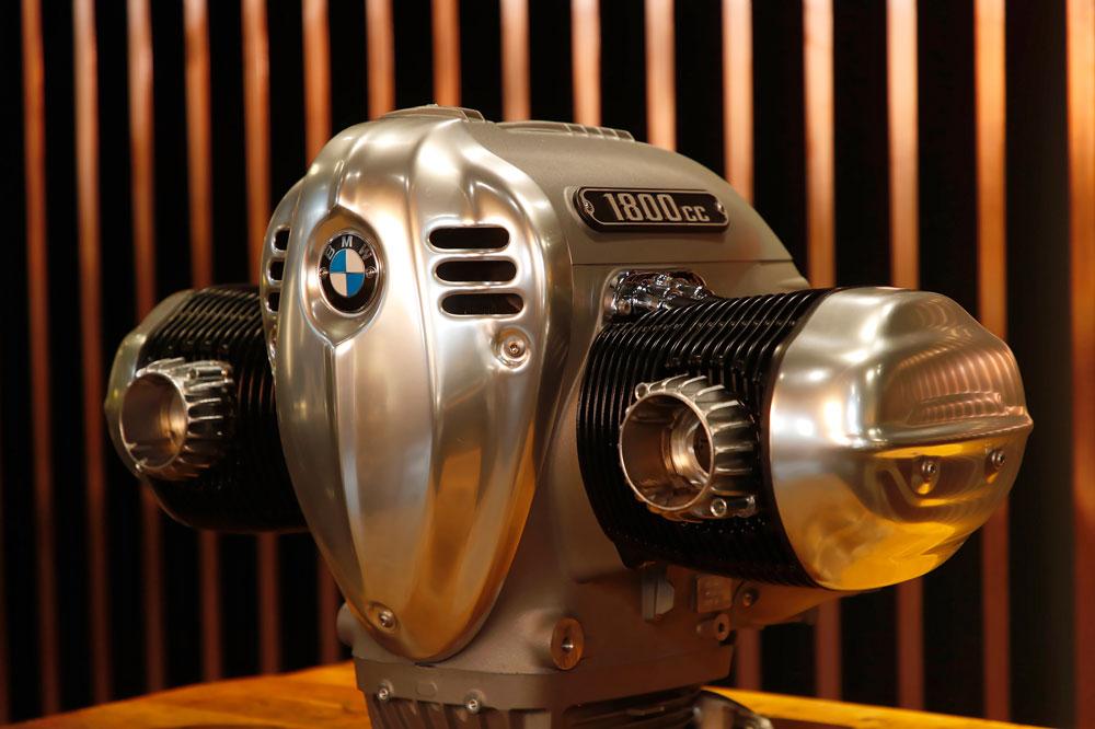 El motor boxer de la BMW R 18 será de 1.800 cc