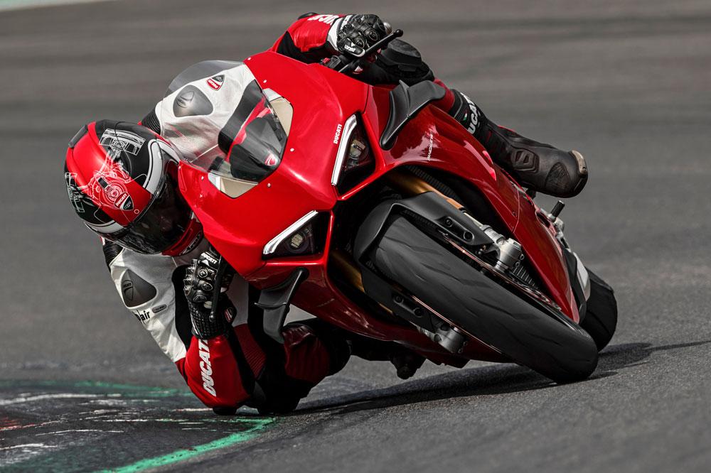 La Ducati Panigale V4 2020 es más sencilla e intuitiva de conducir