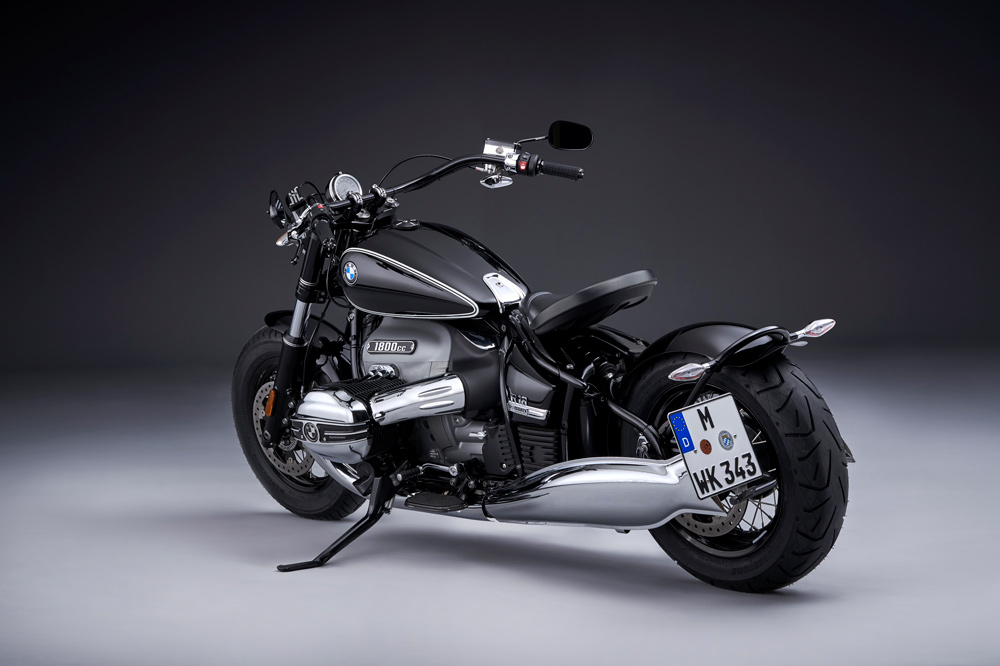 BMW R 18 First Edition con asiento suspendido