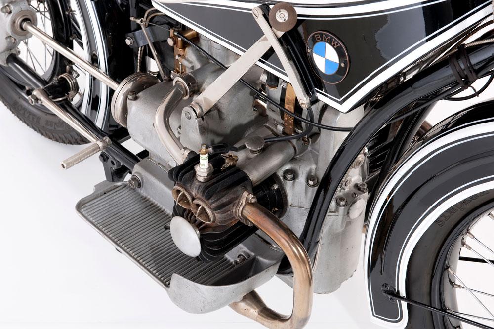 Detalle del motor boxer de la BMW R32