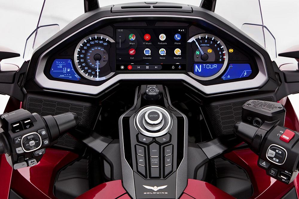 Cuadro de instrumentos de la Honda Goldwing 2020 con Car Play