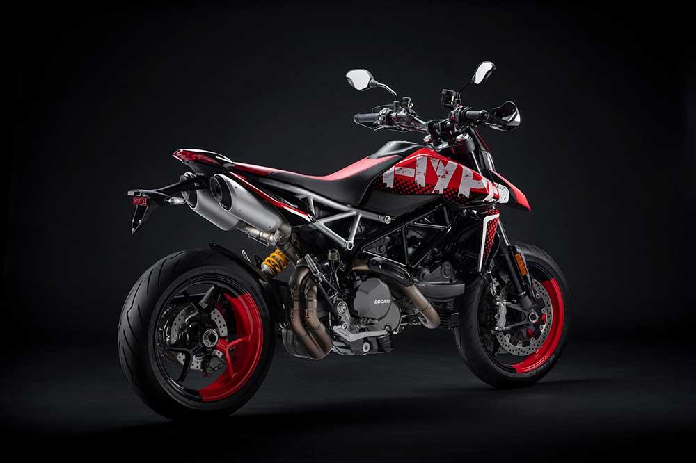 """La Ducati Hypermotard RVE la vimos en forma de """"Concept"""" en el Concorso d'Eleganza Villa d'Este que se celebra a orillas del Lago Como"""