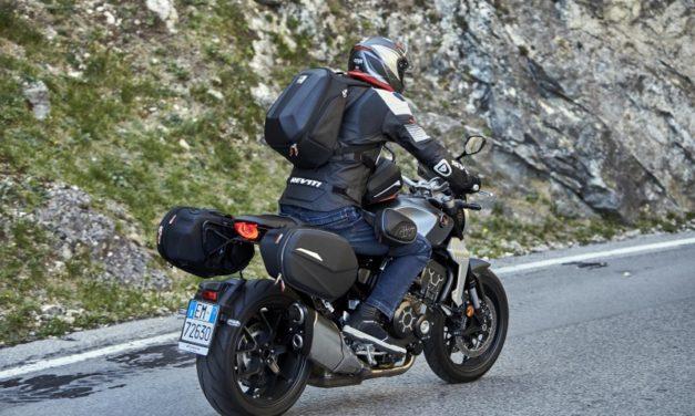 Maletas, baúles y complemetos para «casi» todas las motos de Givi