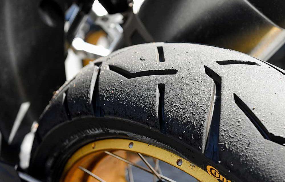 Comprueba rápidamente el estado de los neumáticos de tu moto