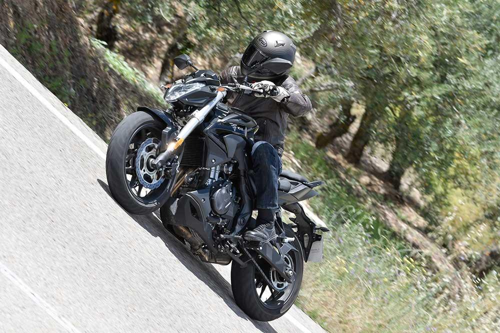 La VOGE 500R es una moto deportiva para el A2