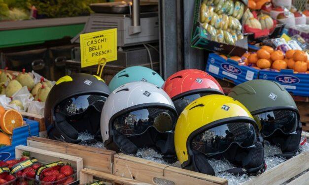 Disfruta del verano con los cascos jet de Tucano Urbano