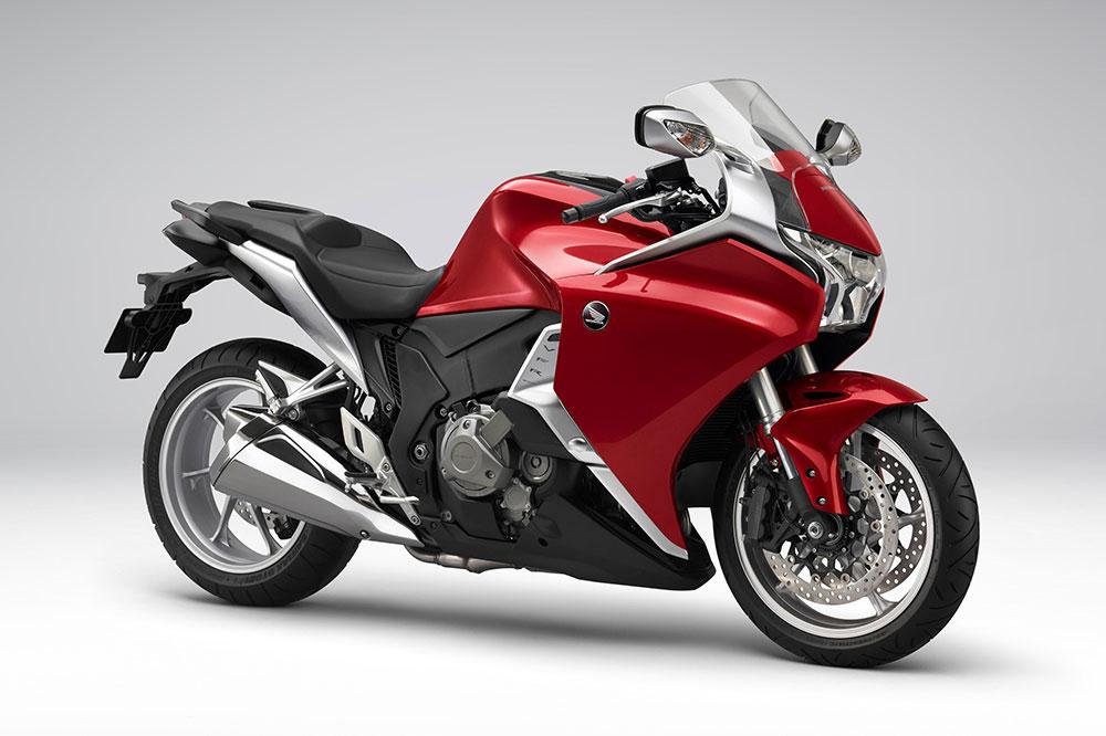 La Honda VFR 1200 F de 2010 fue la primera moto en llevar sistema semiautomático DCT
