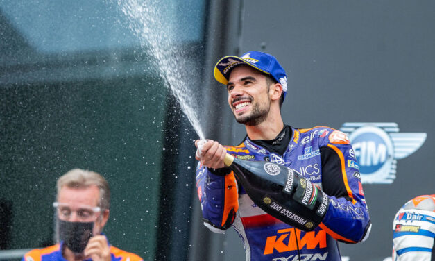 Miguel Oliveira gana su primera carrera de MotoGP