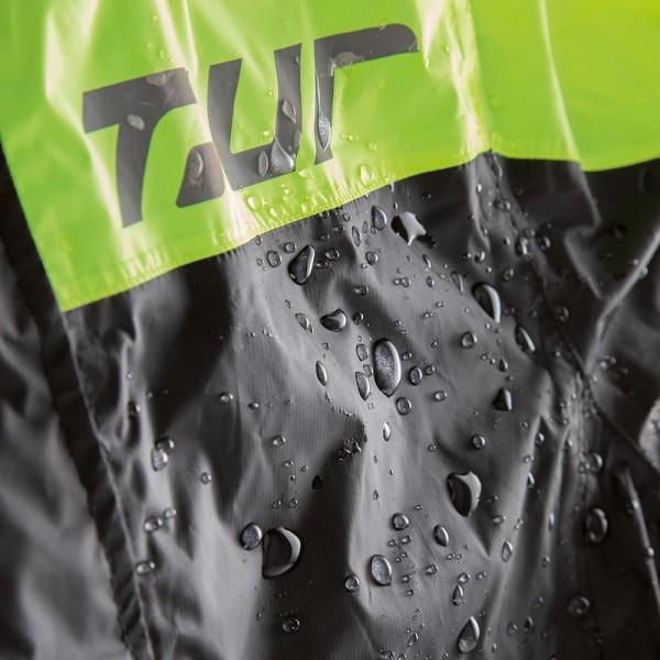 Detalle chaqueta de agua Wp-One de T.ur