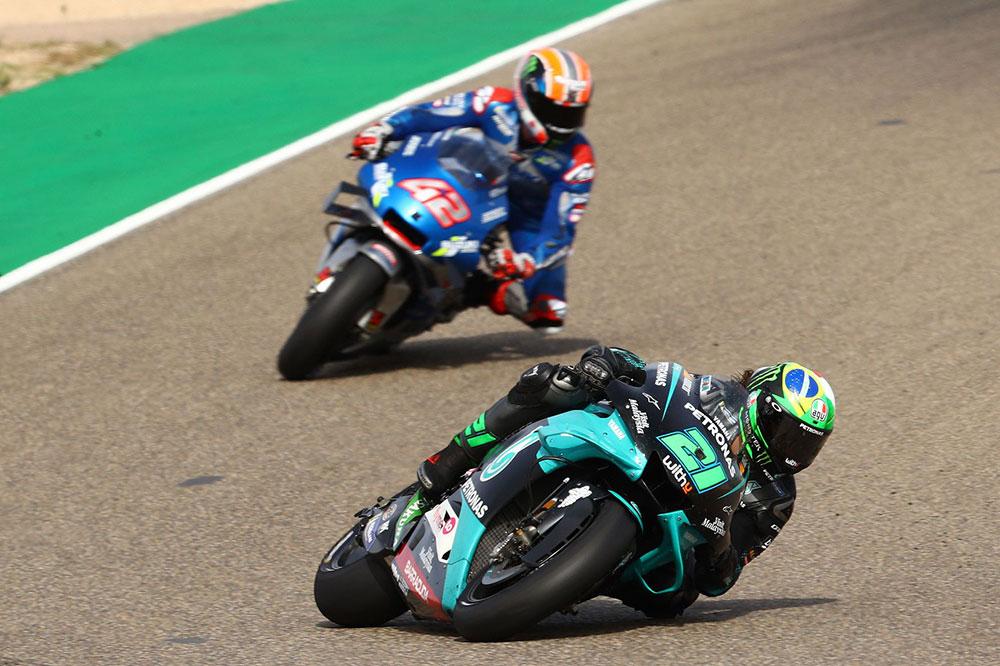 Franco Morbidelli se llevó la victoria del Gran Premio de Teruel, por delante de Alex Rins
