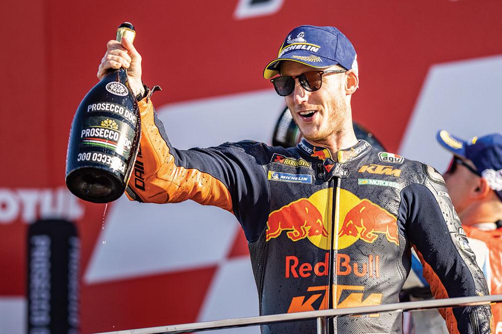 Pol Espargaró fue el mejor piloto español en el GP de Valencia, tercero