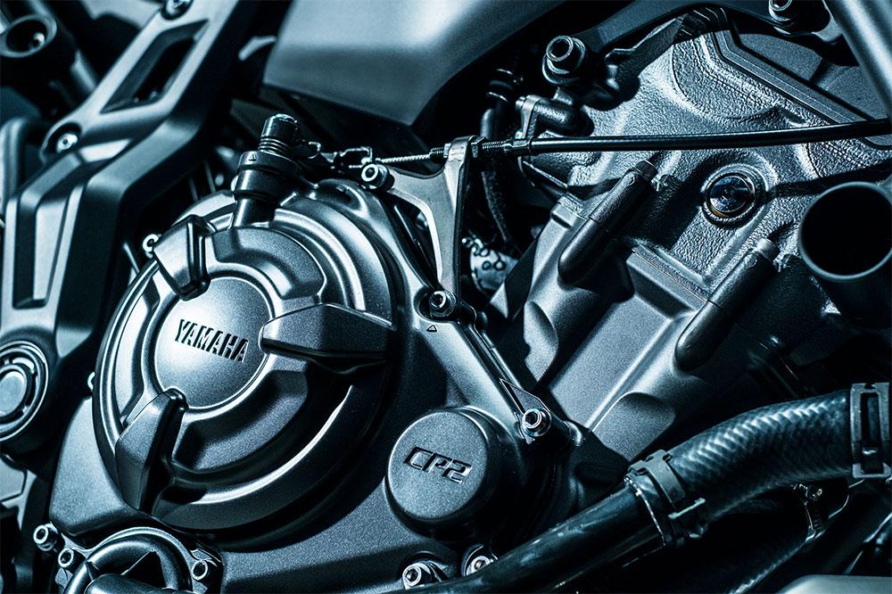 El motor de la Yamaha MT 07 tiene unas nuevas tapas en color grafito