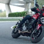 Ducati Monster 2021, la mítica moto naked ofrece su nueva cara