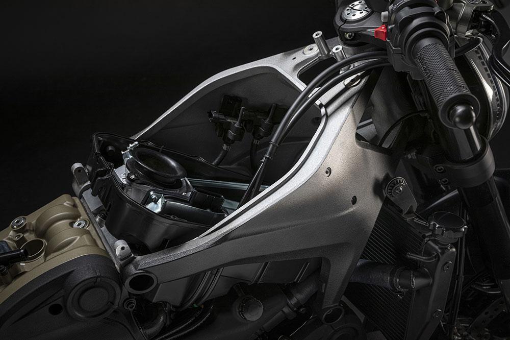 Chasis tipo Front Frame de aluminio con el motor portante en la Ducati Monster 2021
