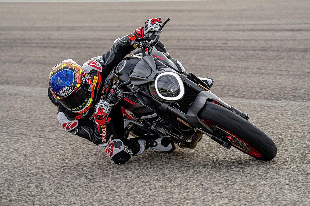 La nueva Ducati Monster también tendrá una versión apta para el carnet A2
