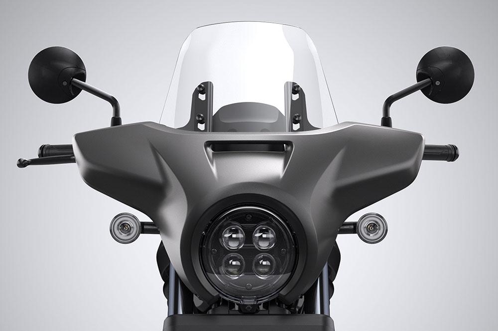 La pantalla parabrisas es un extra de las opciones Tour de la Honda CMX 1100 Rebel
