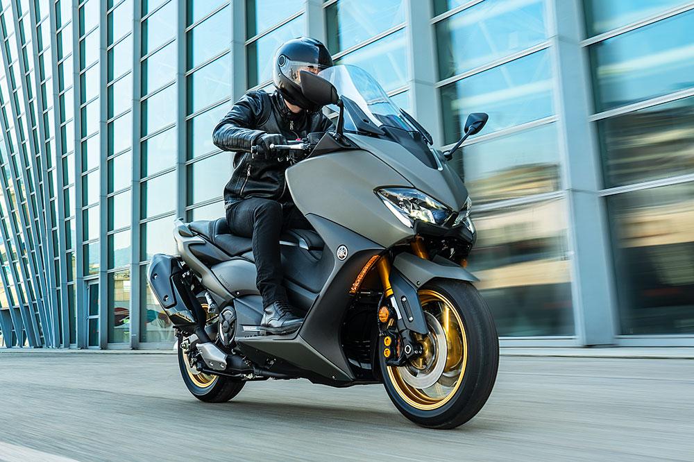En el Yamaha T Max 2021 encontrarás mejoras en el motor y en algunos detalles estéticos y de acabados