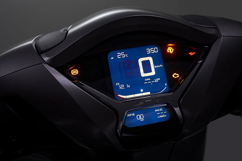 El cuadro de instrumentos del Honda SH 350i es completamente digital