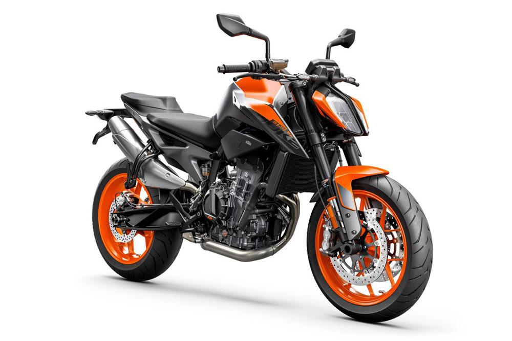 La KTM 890 viene a ocupar un puesto destacado entre las motos naked más deportivas