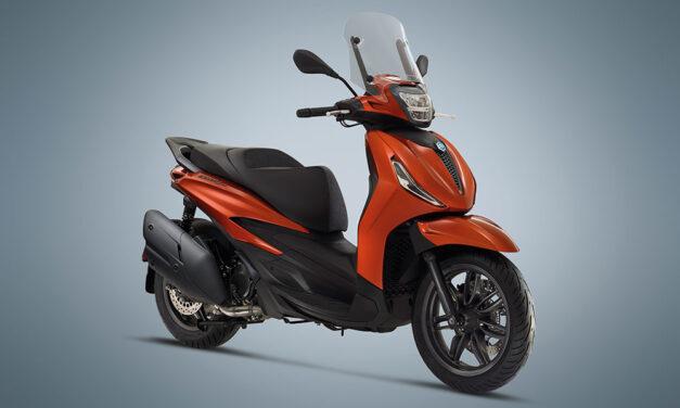 Piaggio Beverly 300 y 400 2021, scooter GT de rueda alta