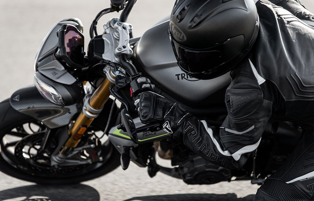 Triumph Speed Triple RS 2021: Una naked de 180 cv y 198 kg